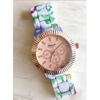 8 Different Styles Alloy Case and Strap Geneva Quartz Wrist Watch for Ladies Manufactures