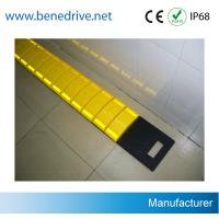 Driveway Removable Speed Bumps , Recycled Rubber Temporary Speed Bumps Manufactures