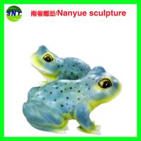 Quality customize size animal fiberglass statue large frog model as decoration statue in garden /square / shop/ mall for sale