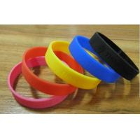 Fashion Custom Silicone Bracelet Excellent Debossed For Business Promotion Manufactures
