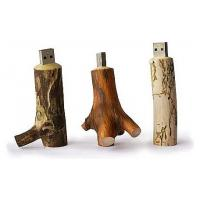 China Custom Wooden Flash Drives Brown Color At Least 10 Year Data Retention on sale