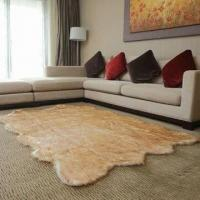 Area rug, imitation animal fur style, available in size of 75x180cm Manufactures