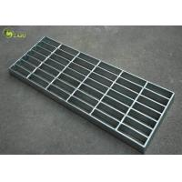 Industrial Galvanized Mesh Grating Plain Serrated Bar Grid Step Treads Plate Manufactures