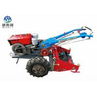 Walking Tractor Potato Harvester / Latest Agricultural Machinery 60-80cm Harvest Width Manufactures
