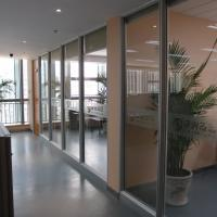Soundproof Fireproof Sliding Office Partition Glass Walls With Aluminum Frame Manufactures