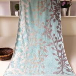 China Decorative Jacquard Bath Towel Plain Woven on sale