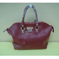 trendy simple design red leather leisure handbag with metal twistlock Manufactures