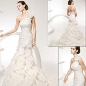 China Designer Wedding Dress F021 on sale