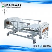 Three Cranks Mechanical Hospital Bed With ABS Dining Table For Nursing Home Manufactures