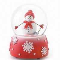 Snow Globe with Polyresin Base, Customized Designs are Accepted Manufactures