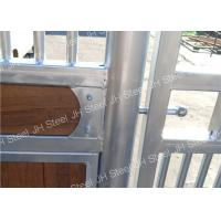 Pre Hot Dip Galvanized Horse Stable , Durable European Stall Fronts Manufactures