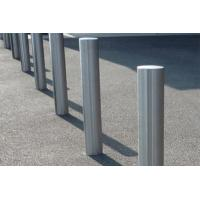China Collision Resistant Stainless Steel Bollards With Good Reflective Performance on sale