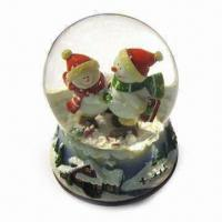 Christmas Snow Globe, Made of Polyresin, Available in Various Designs Manufactures