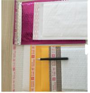 Shine Aluminium Foil Bubble Envelopes Lightweight For Postal Savings Manufactures