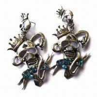 Fashionable Skull Drop Earrings with Crown and Snake Design, Available in Various Colors and Designs Manufactures