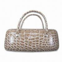 Handbag with PU Cover, Made of Metal Case, Available in Brown and White Color Manufactures