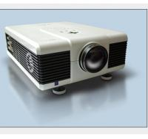 China Full HD mini portable pico projector 720P/1080P for smartphones on sale