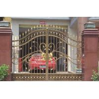 China Black Courtyard Modern Metal Garden Gates Anti Corrosion Modern Stylish on sale