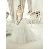 Modern Strapless Ball Gown Sweetheart Lace Wedding Dress for Summer , Spring Manufactures