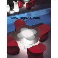 Fashion Lighted Display Furnit CUSTOM  Acrylic  or  others  for  Advertisement Manufactures