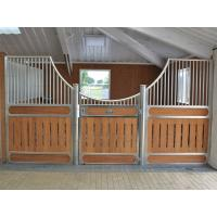 Customized Metal Bracket European Horse Stalls With Required Wood Manufactures
