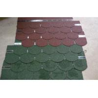 Durable fiberglass Light Fish Scale Asphalt Roofing Shingles , Exterior roof tiles Manufactures