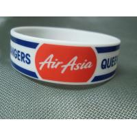 Trade Show Promotional Items Giveaways Embossed Silicone Wristband Bracelet Manufactures