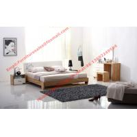 Streamline curved bed head in white painting and wood plate furniture Manufactures