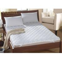White Hotel Hypoallergenic Mattress Cover Anti Bacteria Air Permeable Manufactures