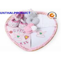 China Customized Baby Clothes Gift Set Total 7 Packs With 100% Cotton Material for sale