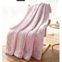 Customized Luxury Flannel Throw Blanket Lightweight And Cozy For Office / Travel