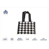 120gsm Wine Carrier Bag 36cm Height X 11cm Diameter With Customized Handle Manufactures