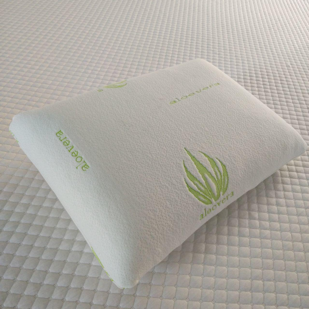 China Visco elastic aloe vera memory foam pillow,Hypoallergenic Pillow Cover Infused with Aloe Vera, King Size Stay Cool White on sale