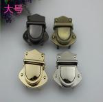 Nickel free bag accessories metal zinc alloy light gold push locks for handbags Manufactures