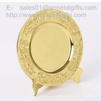 China Gold plated metal memorial plate with display stand, highly detailed gold souvenir plates, on sale