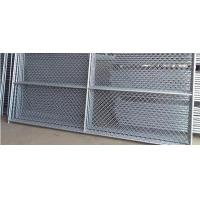 China Hot dipped galvanized PVC coated used chain link fence for sale on sale