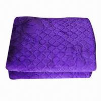 Stock Coral Fleece/Microfiber Blanket in Purple Manufactures