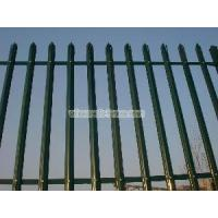 Palisade Fencing - 02 Manufactures