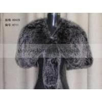 Product's name: Fox-fur shawlModel NO: H711Size(length,width): 80*35Coloras the picture showsMaterial: fox furArts and Crafts: hand-knittedPriceIt depends on the season, the product quantity, the quality, th Manufactures