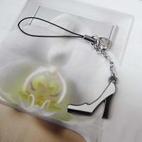 China 2012011 fashion lady pump alloy mobile phone chain on sale