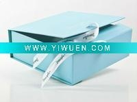 China Artificial Crafts(970) rigid collapsible gift box with ribbon