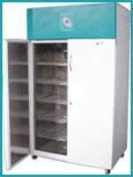 Plant Growth Chambers Manufactures