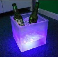 Colored plastic mini small tervis wine cooler standing ice bucket for bar with 3 leds Manufactures
