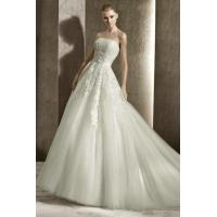 Strapless A Line Embroidery Tulle Casual Wedding Gown With Lace Up Back Manufactures