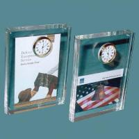 Acrylic Counter Displays Acrylic block with clock Manufactures