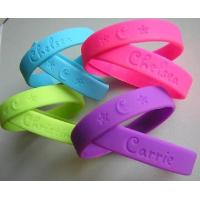 Debossed silicone wristband Manufactures
