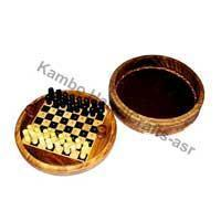 China Wooden Products Travelling Chess Boards wholesale