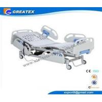 3 Crank Manual Hospital Bed Adjustable Height For Clinic Four Silent Wheels Manufactures