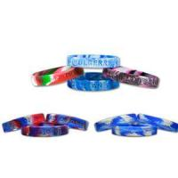 Debossed Silicone Bracelet with mixed color Manufactures