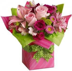Quality Birthday Pretty Pink Present delivery NO.4 birthday gift to australia syd for sale